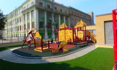 В ЖК премиум класса «Дом на улице Горького» в центре г.Ростова-на-Дону установлена детская игровая и спортивная площадка в стиле «Русич»
