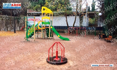 Детская площадка АВЕН в Партените