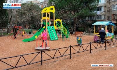 Детская площадка АВЕН на Ялтинской улице