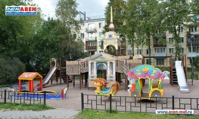 Фото детской площадки на Кузнецовской, д.6